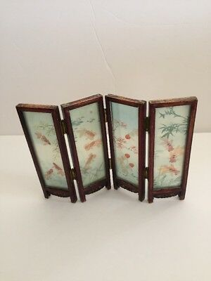 """VINTAGE ORIENTAL FOLDING GLASS TABLE SCREEN 4-PANEL PICTURE ART FISH 6.25""""x9"""""""