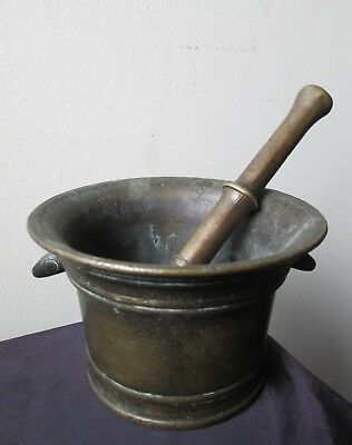 Antique 17th Century Italy ITALIAN HEAVY BRONZE Mortar & Pestle from the 1600's