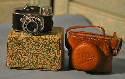 "Vintage 1950's Sub Miniature HIT ""Spy"" Camera With Leather Case and Box"