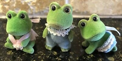 Calico Critters Sylvania Families Three Baby Frogs