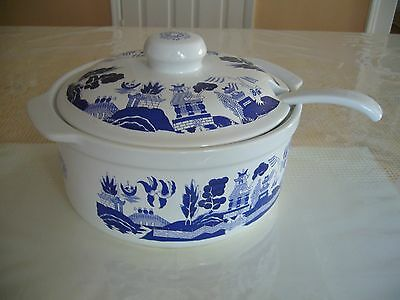 RARE Blue Willow Soup Tureen Ladle Punch Bowl NEW