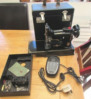 Vintage Singer 221K Featherweight sewing machine with case (Centenary Model)