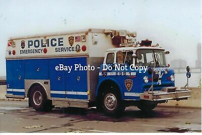 New York City Police Dept Emergency Service Truck 1 4X6 Color Photo ~ Ford C