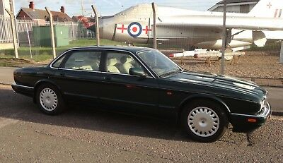 Jaguar XJ6 3.2 5-Speed Manual BRG 1995 (M-Reg), 1 Years MOT, 110,000 Miles FSH