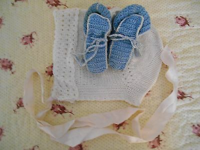 BEAUTIFUL Vintage ANTIQUE Hand Made BABY or DOLL *BONNET & BOOTIES  *SO SWEET
