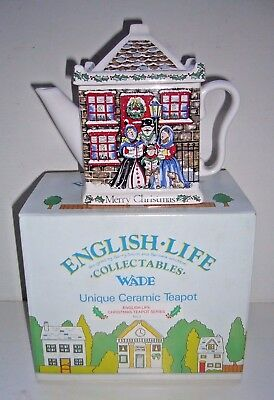 WADE POTTERY VINTAGE ENGLISH LIFE CHRISTMAS TEAPOT SERIES No.1 BOXED