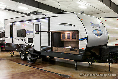 New 2019 XLE Lite 25TFC Toy Hauler Travel Trailer for Sale with Outdoor Kitchen