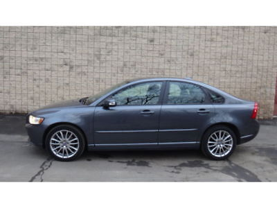 2009 Volvo S40 2.4i Sedan 4-Door VERY CLEAN FOR AGE SUNROOF 2009 VOLVO S40 4DR SDN. 2.4L, NO RESERVE
