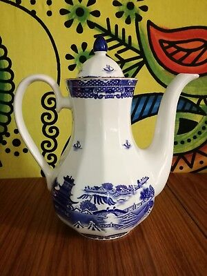 RINGTONS Vintage Willow Pattern LARGE Coffee/Tea Pot (by Wade Ceramics)