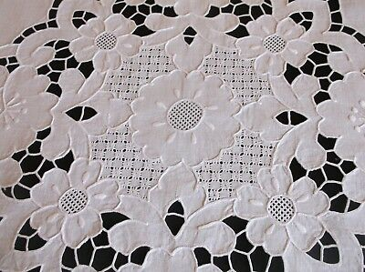 VINTAGE HAND EMBROIDERED CUT WORK ALL WHITE COTTON TABLE CLOTH 84 x 82cms