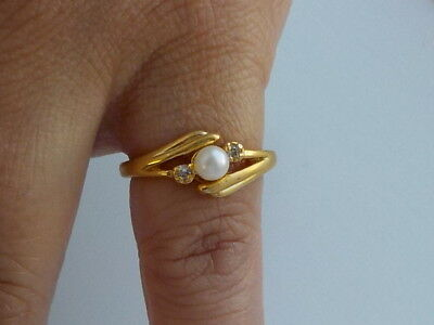 Beautiful Ring With Faux Pearl & Clear Stones Metal Detecting Find.