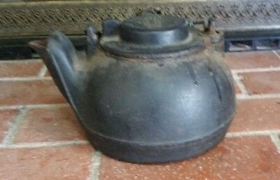 Vintage Wagner Ware Cast Iron Swivel Lid Spiral Coil Handle Kettle