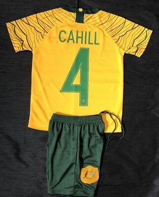 """Socceroo Kids 2-Piece Soccer Set With """"cahill 4""""."""