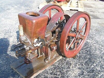Old Original ASSOCIATED 2 1/2hp HIRED MAN Hit Miss Gas Engine Steam Tractor NICE