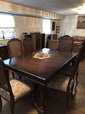 Dining Room Set Vintage
