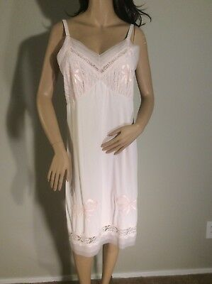 Vintage Pink Nylon Chiffon And Lace Appliqués Full Slip Size 40