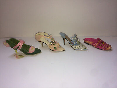 """JUST THE RIGHT SHOE Lot Of 3 + bonus shoe """"Calla Lily, Apres, Frosted Fantasy"""""""