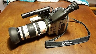CANON VIDEO CAMERA CANOVISION EX1-HI-8 WITH LENSE, MIC, BATTERY AND CHARGER etc