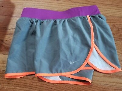 NIKE Girl's (Youth) Grey 5K Tempo Running Shorts Style #641662 - NEW Size M
