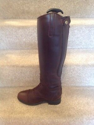 Ariat Bromont Tall H20 Insulated Size 5Waxed Chocolate