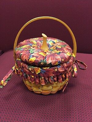 Longaberger 1997 Small Hostess Basket Combo w/Fall Foliage liner, Plastic Liner