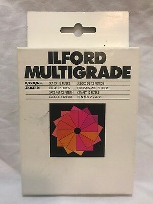 "Ilford Multigrade Filters: Set of 12; 3 1/2""x 3 1/2"". 8,9x8,9cm"