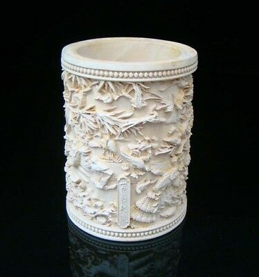 Collectible Handmade Carving Statue wood Boxwood Brush Pot Bird