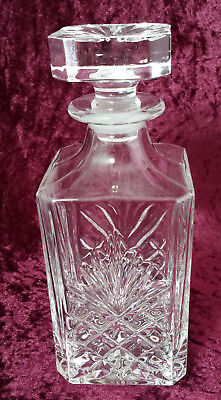 Crystal / cut glass square whisky decanter / spirit decanter - tight fit stopper