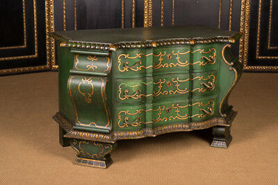 Hochinteressante Dresser in the Baroque Style Middle of 19. Century
