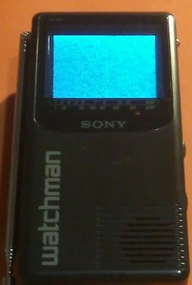 Vintage Sony WATCHMAN FD-230 Portable Battery Operated Flat Black & White TV