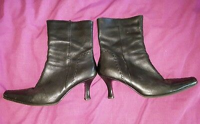 8a1655bef9a8 BLACK FLAT LEATHER Boots Essence By Evans Ankle Boots Size 9 ...