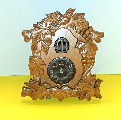 Kendal Wood electronic Cuckoo Clock For parts Repair