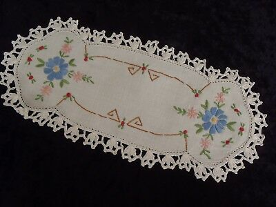 Vintage Sandwich Doily Hand Embroidered Crochet Border Blue Pink Green Floral