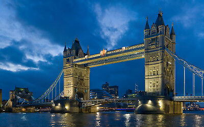 Tower Bridge (London) - Office Photo, Photograph, Picture - 1p Auction AAA-04