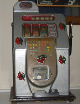 Mills 25c BLACK CHERRY Antique Slot Machine $1100