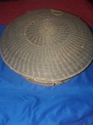 Vintage Old Lg Louisiana  Coushatta Indian Basket Pine Needle Attached Lid