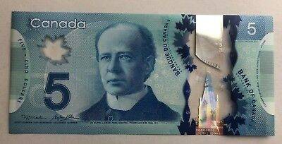 Canada $5 Brand New Beautiful Gem Unc New Polymer Banknote 2013 (Consecutives)