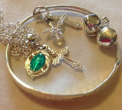 """Baby/child Bangle/Sil 16""""chain&holyMedal/cross/angel/In a Box"""