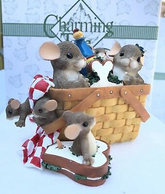 """CHARMING TAILS """"FAMILY PICNIC"""" Special Event Ltd Ed 2004 Gold Sign. 98/272 w/BOX"""