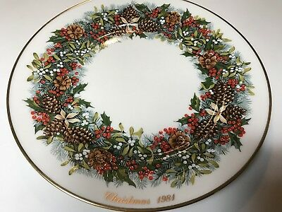 Lenox China Colonial Wreath Christmas Plate Virginia 1981 First in Series