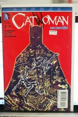 Catwoman Vol4 #2  Annual Dc Comics First Print (2015)