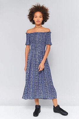 011c6b868 URBAN OUTFITTERS Kimchi Blue Off-The-Shoulder Smocked Midi Dress Size S