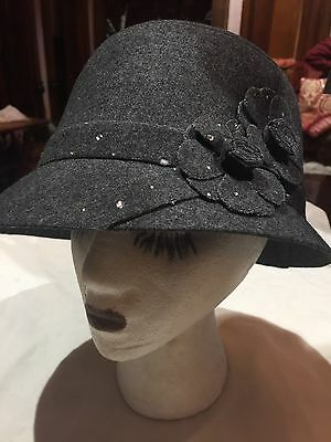 Vintage Antique Style Grey Wool Felt Cloche Hat With Art Deco Rosettes