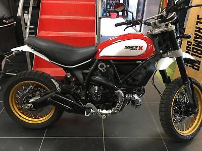 Ducati Scrambler DESERT SLED RED 2017 BIKE LOTS OF EXTRAS