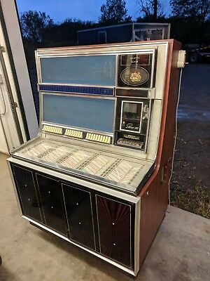Seeburg LS2 stereo 160 Jukebox  nice condition it will play with some tweaking