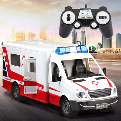 1:18 RC White Ambulance Toy Car 2.4G Remote Control LED Music & Light for Kids