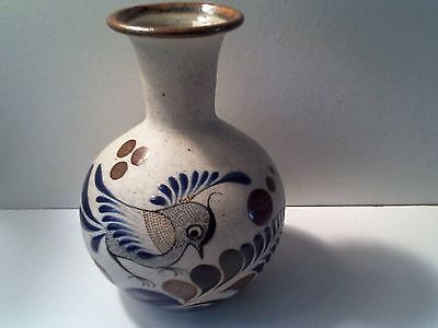 """Vintage Mexican Hand Painted Pottery Vase 5 1/8"""" T - Bird Design - Mexico"""