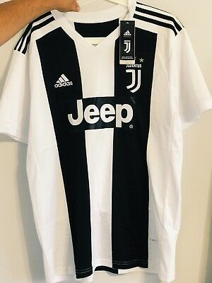 new photos 1cb52 02d7b CRISTIANO RONALDO JUVENTUS Soccer Team New Men's Home Soccer Jersey - Size L