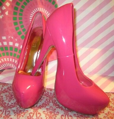 246f3f2f9db FOREVER 21 PINK Faux Patent Leather 5.25