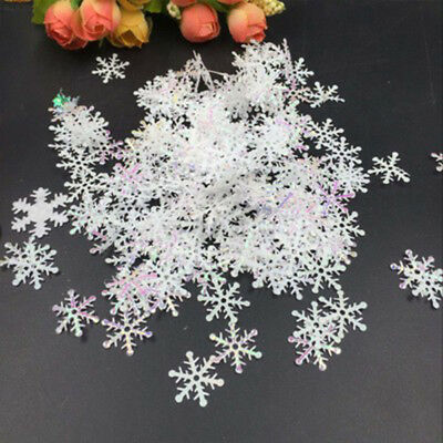 F543 300pcs Snowflake Handcrafts Party Decor DIY White Hanging Ornaments